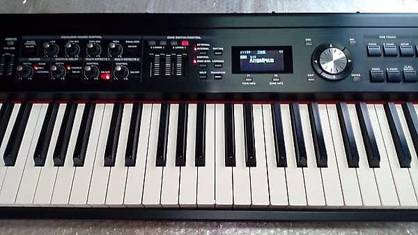 Roland RD-700 GX